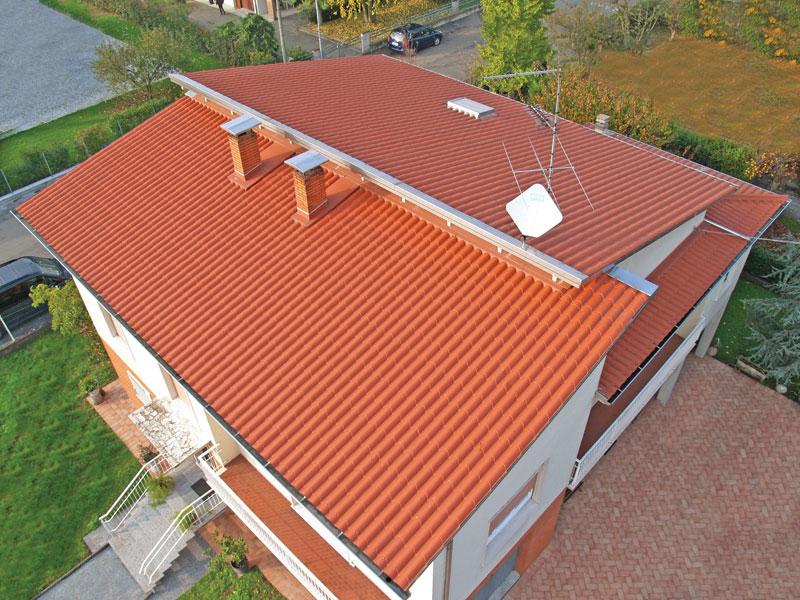 Telhado de Casa translucido com Telhas de Policarbonato