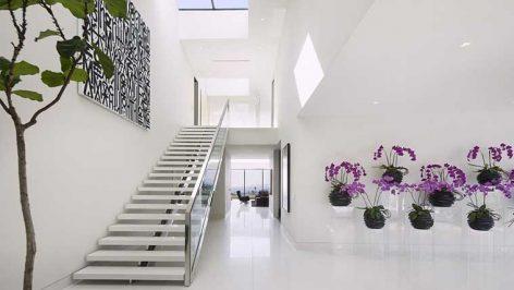 Dicas de decoração para as escadas da sua casa