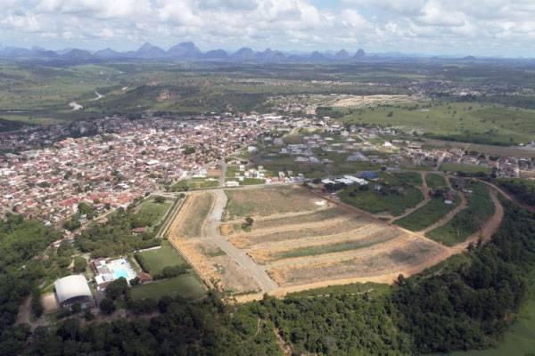 Flora Park II: lotes em Nova Venécia com obras aceleradas